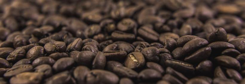 Texture with depth of focus on coffee beans