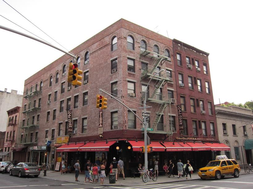 Lombardi's Pizza in Manhattan, New York