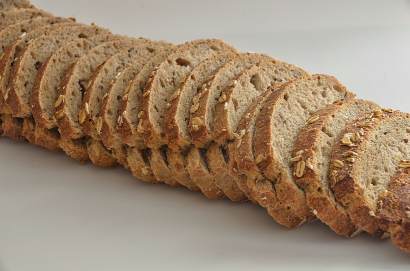 Individually sliced multigrain bread